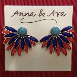 NWT Anna & Ava 3-D Statement Earrings